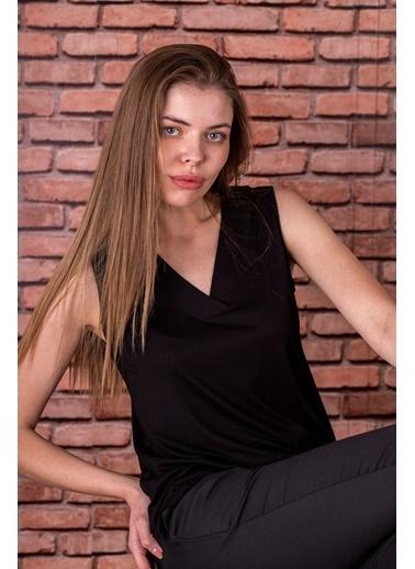 Stamina  Bayan V Yaka Kolsuz Bluz-5VS05 Siyah